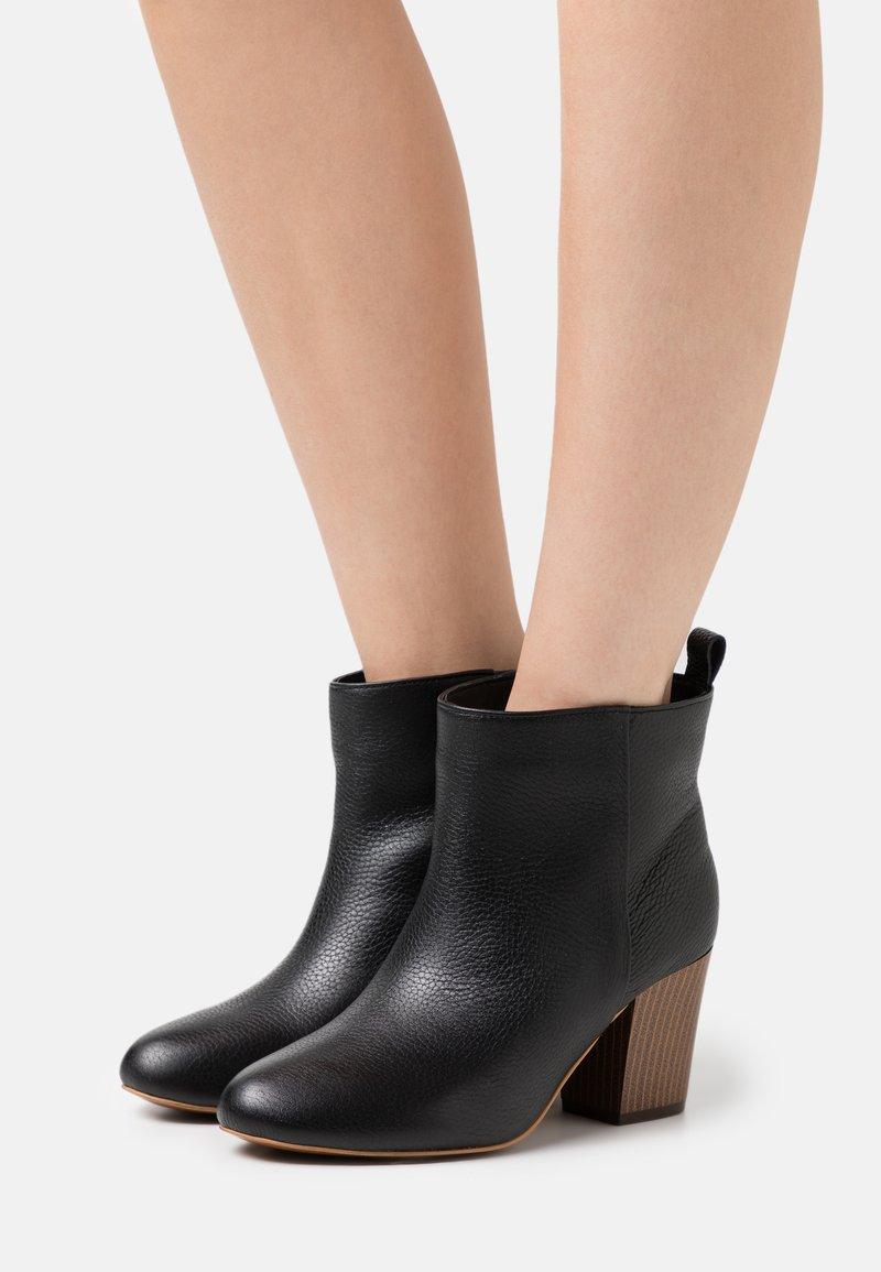 L37 - SUPER NOVA  - Ankle boots - black