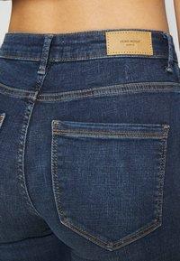 Vero Moda - VMSOPHIA SKINNY - Jeans Skinny Fit - dark blue denim - 4