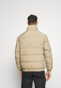 Jack & Jones - JORSPECTOR PUFFER JACKET - Winterjas - chinchilla - 2