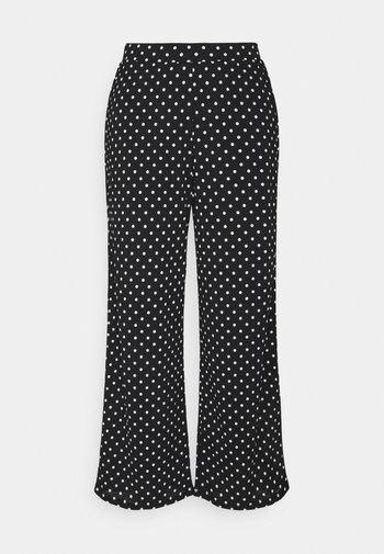 ONLPELLA PANTS - Trousers - black/cloud dancer