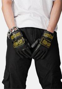 SEXFORSAINTS - Gloves - metallic black - 0