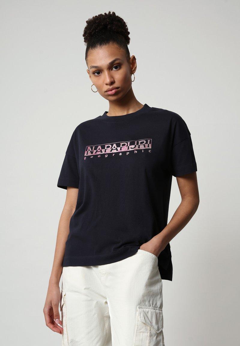 Napapijri - Print T-shirt - blu marine