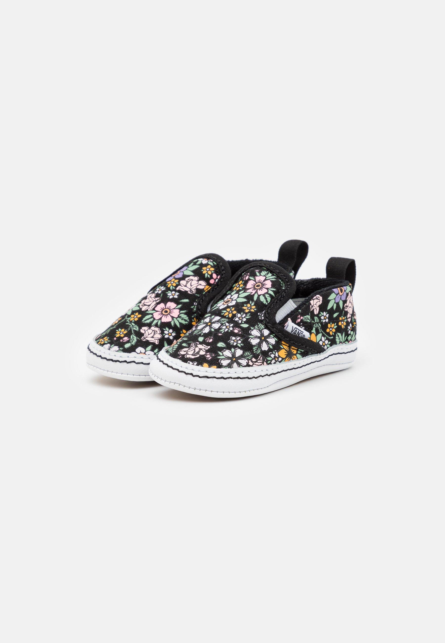 Kids CRIB - First shoes