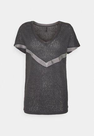 ONYRITA PREPPY - T-shirt con stampa - phantom/silver
