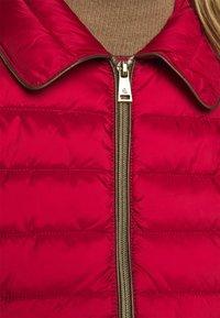 Lauren Ralph Lauren - MATTE FINISH SHORT JACKET - Light jacket - red - 4
