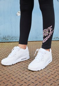 Nike Sportswear - AIR MAX 90  - Sneakers laag - white - 3