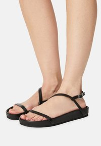 Who What Wear - ALIYAH - Sandals - black - 0