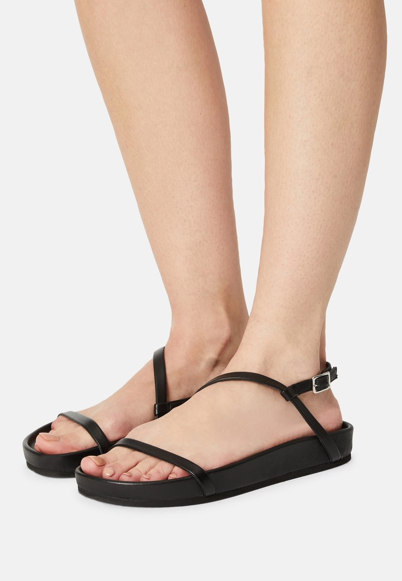 Who What Wear - ALIYAH - Sandals - black