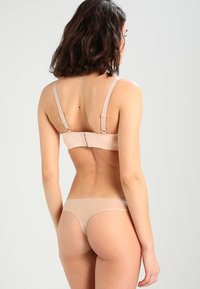 Chantelle - SOFT STRETCH - Thong - nude - 2