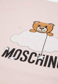 MOSCHINO - BLANKET UNISEX - Boxkleed - sugar rose melange - 4