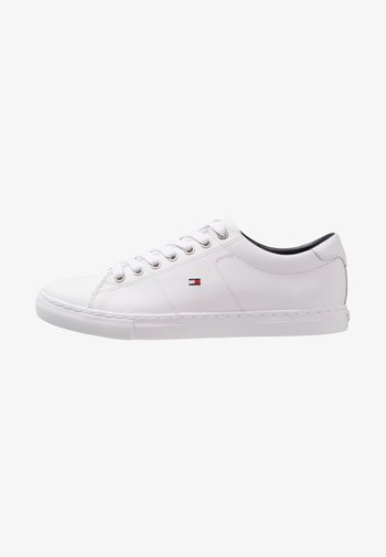 ESSENTIAL - Trainers - white
