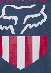 Fox Racing - FREEDOM SHIELD TEE - T-Shirt print - light indigo - 2