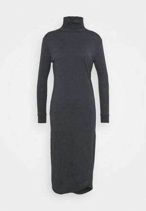 TURTLE NECK DRESS - Fodralklänning - asphalt
