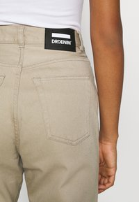Dr.Denim - NORA - Relaxed fit jeans - cashew - 3