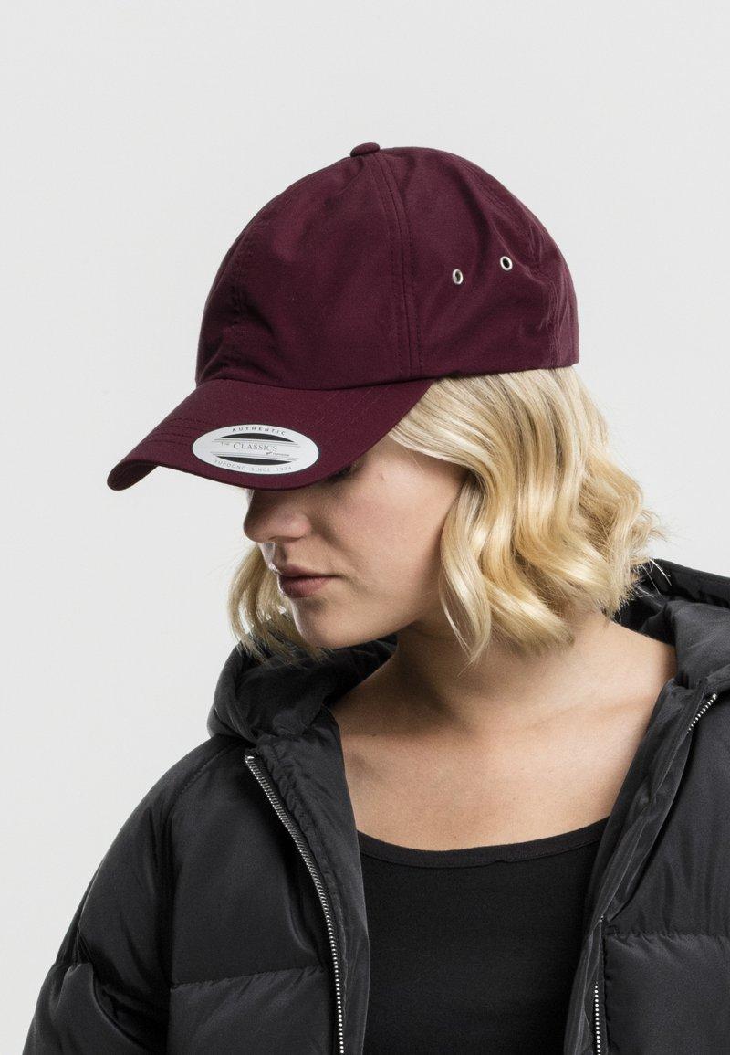 Flexfit - Cap - maroon