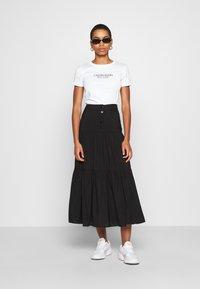 Calvin Klein - 2 PACK - Triko spotiskem - black/white - 0