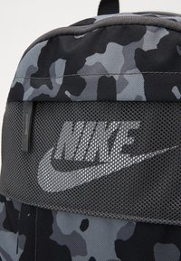 Nike Sportswear - ELEMENTAL  - Sac à dos - iron grey/white - 3