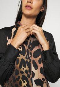 Just Cavalli - Košilové šaty - natural variant - 5