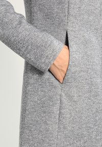 Vero Moda - VMVERODONA - Manteau court - light grey melange - 6