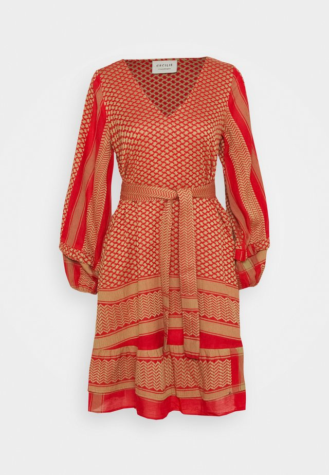 LIV DRESS - Day dress - camel/red