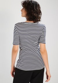 J.CREW - PERFECT FIT TEE  - Triko s potiskem - navy/ivory - 2