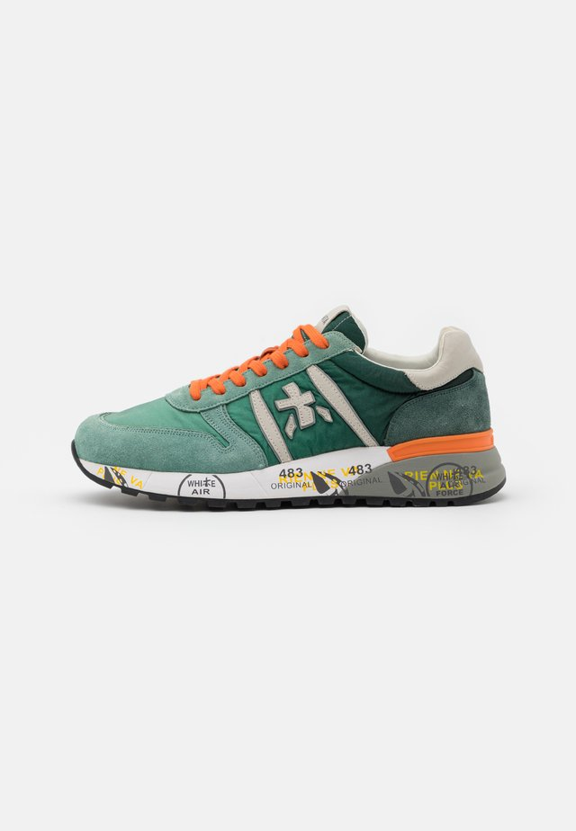 LANDER - Trainers - green/orange