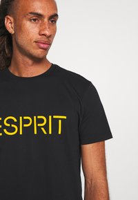 Esprit - 2 PACK - Print T-shirt - black - 4