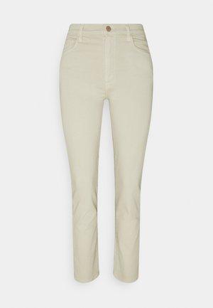 TEAGAN HIGH RISE - Slim fit jeans - ayekroo