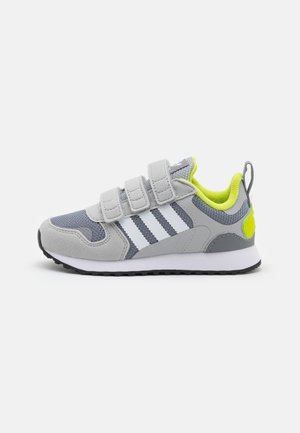 ZX 700 ORIGINALS  SHOES UNISEX - Sneakers laag - grey two/footwear white/grey three