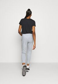 Under Armour - RIVAL SHINE JOGGER - Spodnie treningowe - steel medium heather - 2