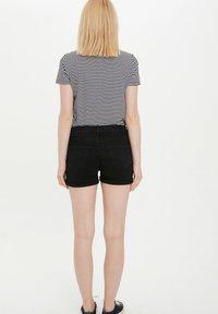 DeFacto - Denim shorts - black - 2