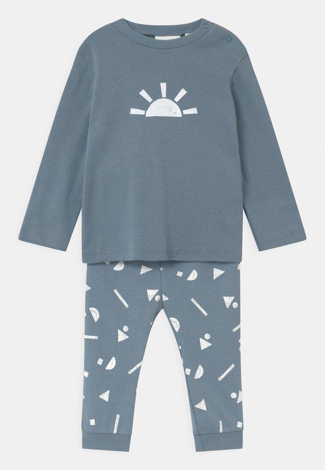 UNISEX - Pyjama - faded blue