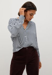 Violeta by Mango - STRIPES - Button-down blouse - blue - 0
