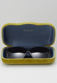 Gucci - Solbriller - black/grey - 2