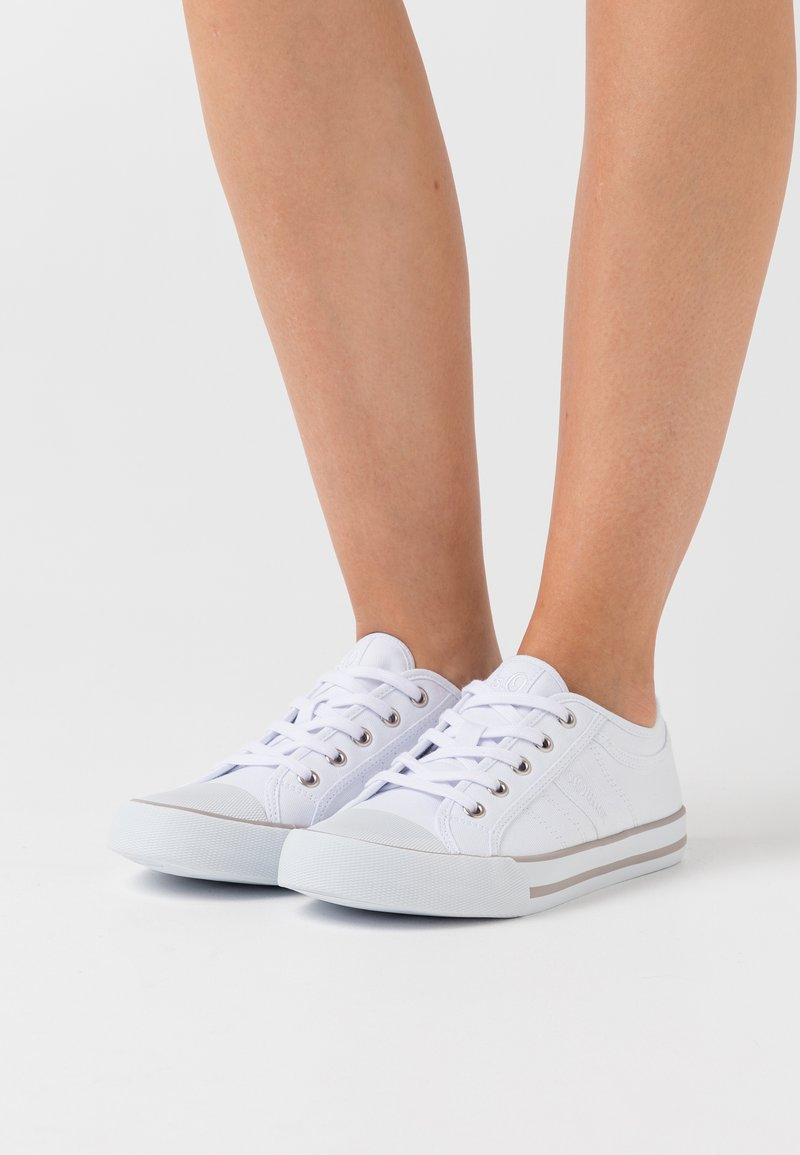 s.Oliver - LACE UP - Zapatillas - white