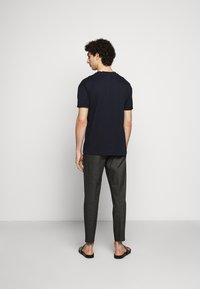 DRYKORN - THILO - Basic T-shirt - blau - 2
