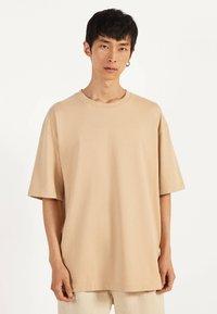 Bershka - T-shirts basic - beige - 0