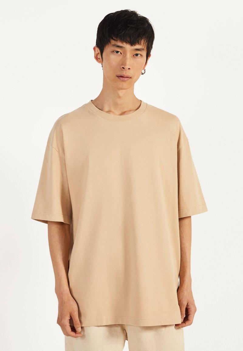 Bershka - T-shirts basic - beige