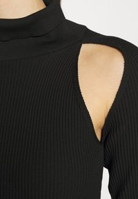 Topshop - SPLICED ROLL - Sweter - black - 5