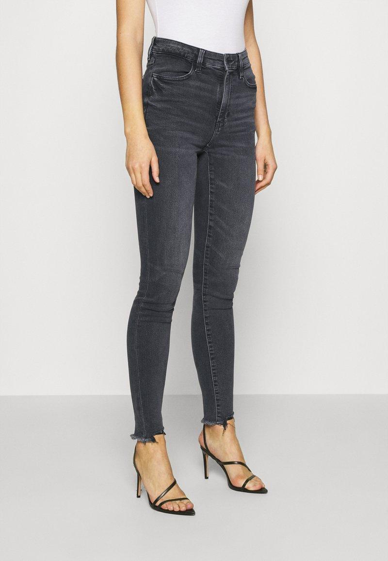 American Eagle - SUPER HI-RISE - Slim fit jeans - blue black