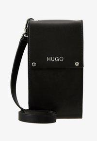HUGO - LEYTON PHONE CASE - Taška spříčným popruhem - black - 5