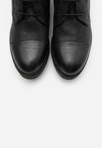 lilimill - Šněrovací kotníkové boty - king nero - 5