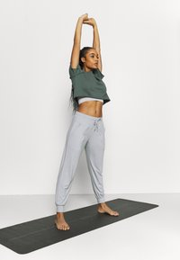 Even&Odd active - Tracksuit bottoms - grey - 1