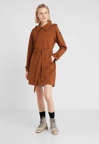 Bergans - OSLO COAT - Hardshell jacket - copper - 0