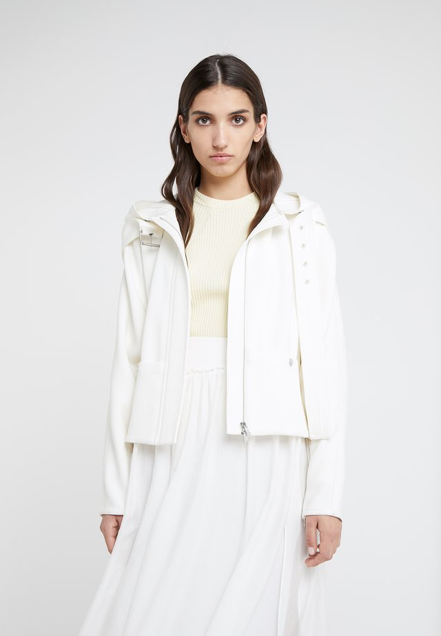 STRUCTURED HOODED JACKET - Giacca leggera - white