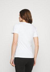 Calvin Klein Jeans - ZEBRA TEE - Print T-shirt - bright white - 2