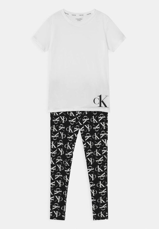 Pyjama - white/black