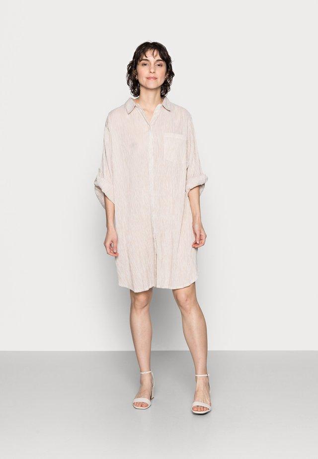 ISIDORA - Shirt dress - safari