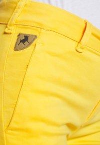 LOIS Jeans - BERUSKA - Trousers - lemon - 5
