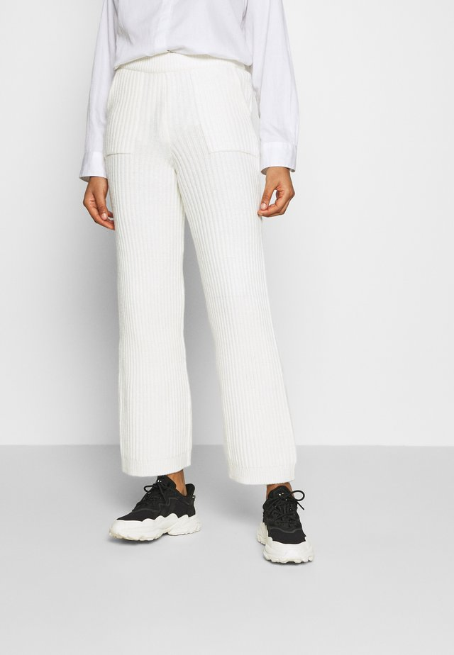 TOVE TROUSERS - Kangashousut - cloud dancer